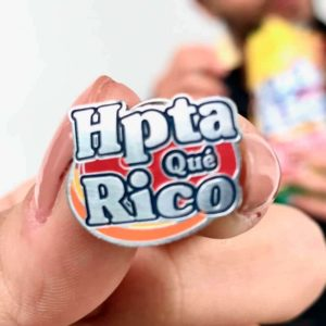 Pin-hpta-que-rico-regalos-colombianos-pines-pins